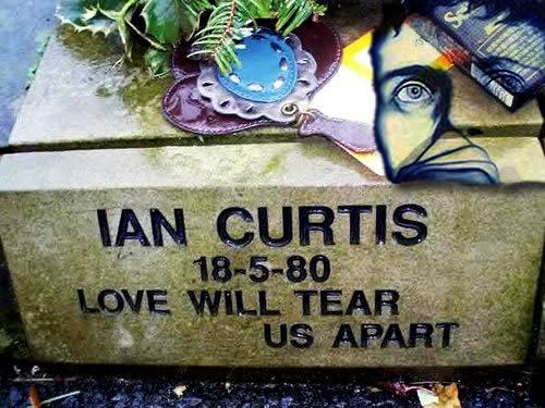 Ian Curtis tombstone