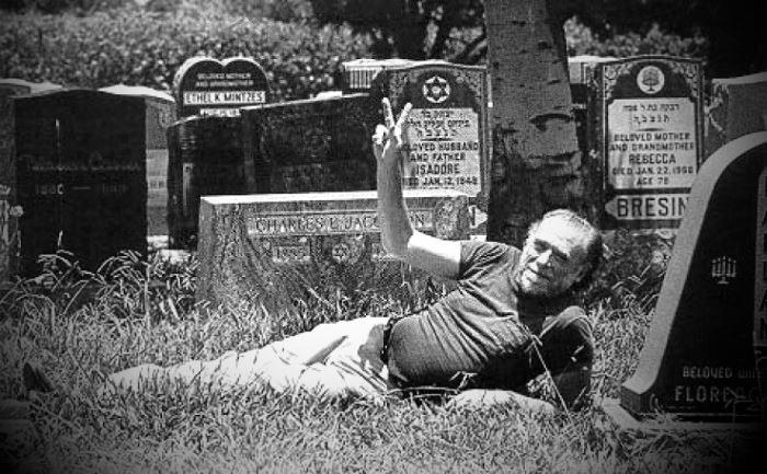 Bukowski_al_cimitero